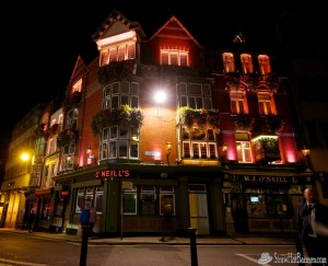 An inviting pub in Dublin. Photo by Chris Kridler, ChrisKridler.com